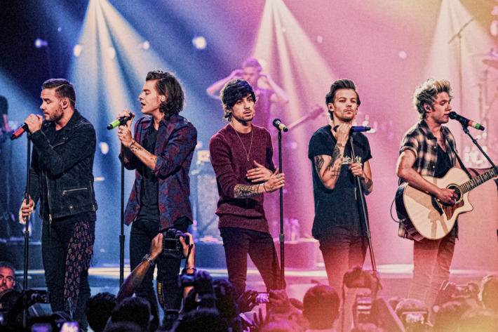 11-one-direction-01_w710_h473